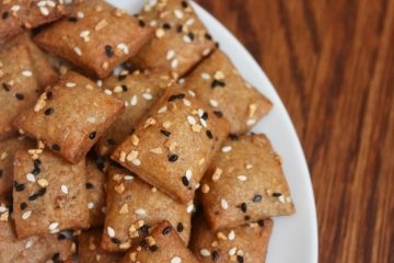 whole wheat almond flour cheese crackers
