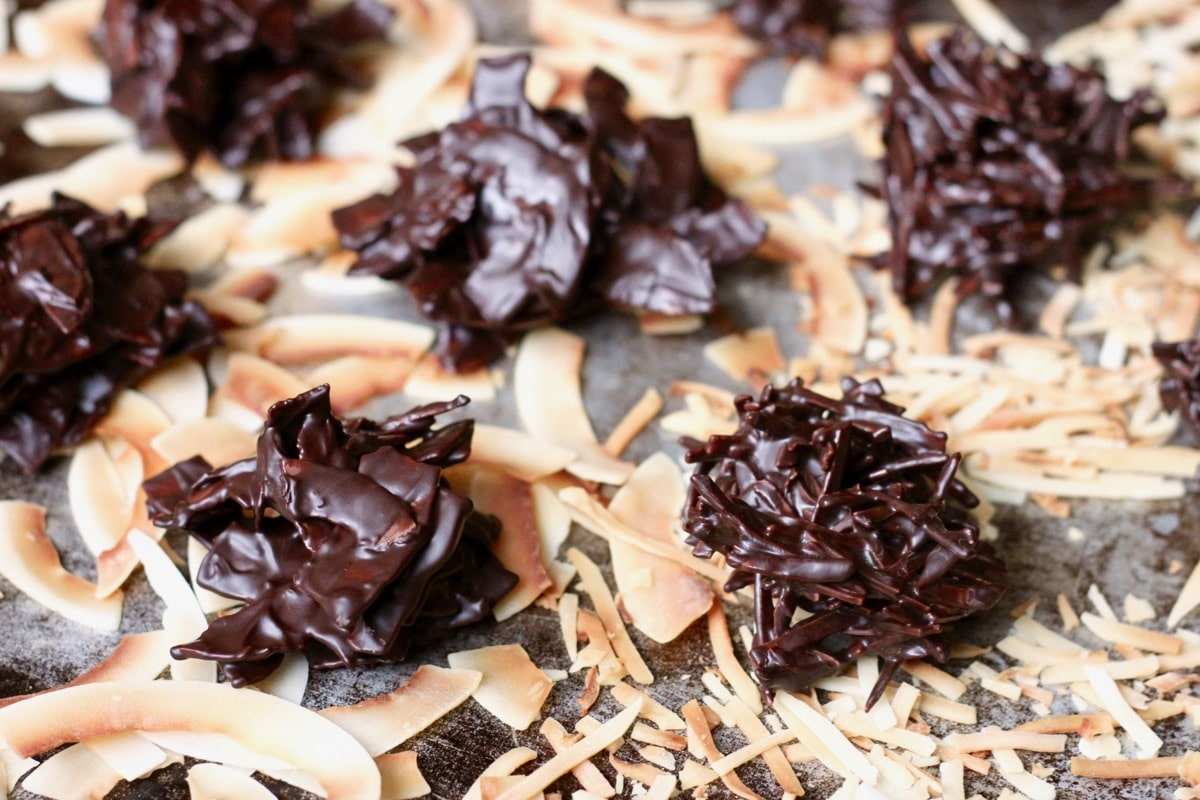 Dark Chocolate Coconut Haystacks {Paleo & Vegan}