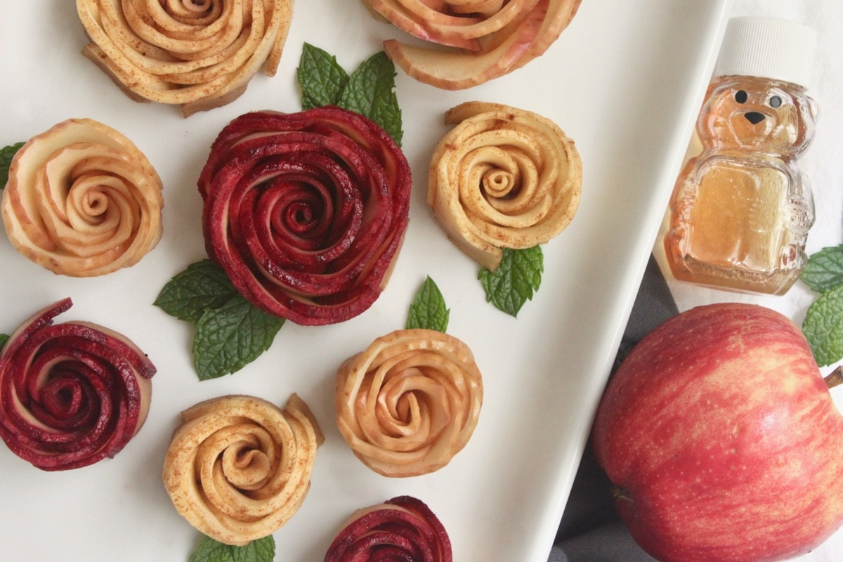 easy to make honey apple roses for rosh hashanah