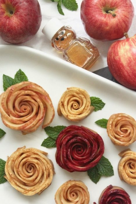 easy to make baked honey apple roses for Rosh Hashanah