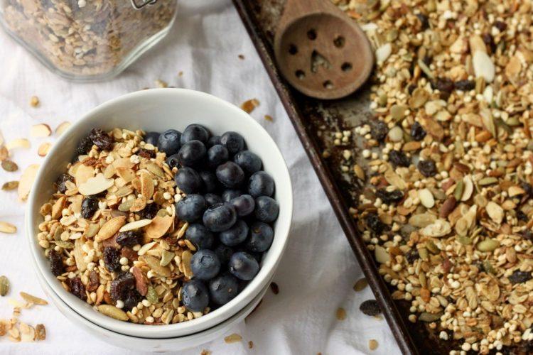 Healthy homemade granola recipe vegan gluten-free