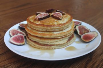 gluten free nut free protein pancakes made with oat flour and chickpea flour