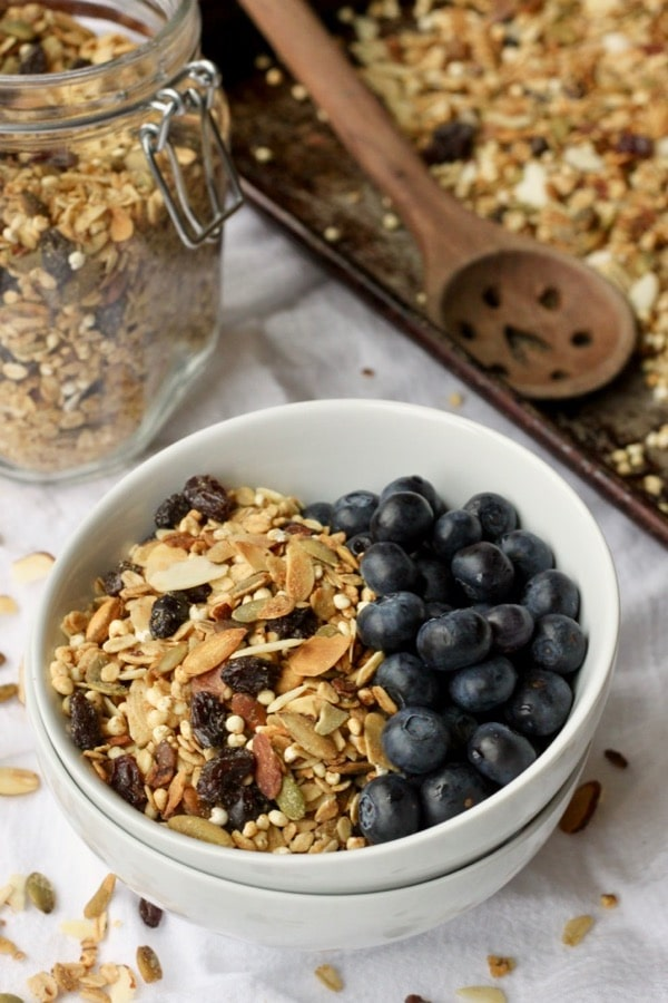 Vegan healthy homemade granola recipe