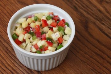 Whole30 Pineapple Pepper Confetti Salsa