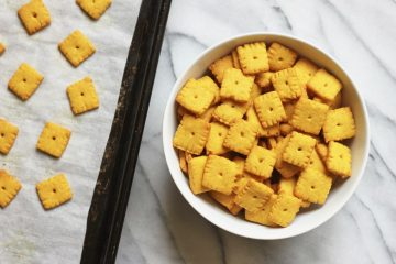 Homemade Keto Cheez Its crackers served in a dish