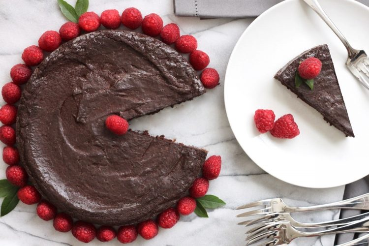 Best paleo chocolate truffle cake recipe